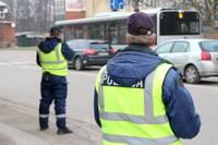 Baltijas valstīs vienotā reidā kontrolē drošības līdzekļu ievērošanu un riepu protektorus