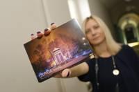 Pieejamas jaunas svētku pastkartes ar Gulbju dīķi un pilsētas galveno egli