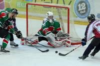 """""""Liepāja"""" grūtā virslīgas hokeja čempionāta cīņā pieveic """"Prizmu"""", atgūstot līderpozīciju"""