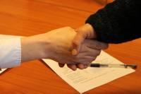 Stāstīs par darba, uzņēmuma un autoratlīdzības līgumiem