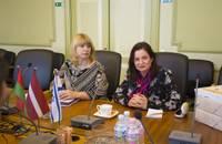 Liepāju iepazīšanās vizītē apmeklē Izraēlas vēstniece