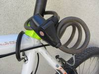 Pieslēgtam velosipēdam demontē riteni
