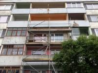 Drošības apsvērumu dēļ jāapseko balkoni un lodžijas