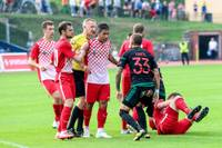 """""""Spartaka"""" un """"Liepājas"""" futbolistiem bargas diskvalifikācijas par grūstīšanos savstarpējās virslīgas spēles izskaņā"""