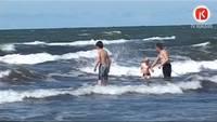 Arī šogad jūrā izveidojušās bīstamās bedres
