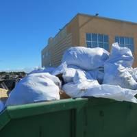 Savākto atkritumu daudzums ik gadu samazinās; atrod interesantas lietas