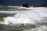 Tuvojas ciklons ar spēcīgu lietu un vēju, iespējami jauni plūdi