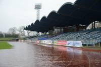Foto: Arī Jūrmalas parks un stadions mirkst ūdenī