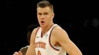 """Porziņģim karjeras tālmetienu rekords un 28 punkti """"Knicks"""" drošā uzvarā pār """"Nets"""""""