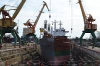 """Administrators lūdz izslēgt """"Tosmares kuģubūvētavas"""" akcijas no biržas"""