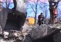 Tā tolaik dzīvojām: Spridzina Skrundas lokatoru, veido jaunas skulptūras Čakstes laukumam