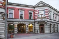 Atjaunota vēsturiskā viesnīca