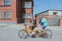 Braukšana ar tandēma velosipēdu ir Gata Preisa prieka avots