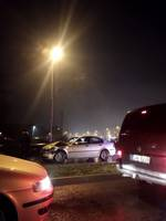 Jūras ielā saskrienas trīs automašīnas