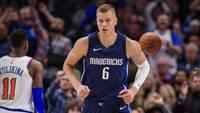 """Porziņģis """"Knicks"""" arēnā atgriežas ar """"double-double"""" nokaitētā gaisotnē un zaudējumu"""