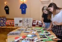 Krāsaini un radoši izskan 10.vidusskolas 90 gadu jubileja