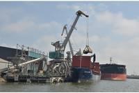 """Kravu pārkraušanas termināla """"Liepaja Bulk terminal Ltd."""" apgrozījums pērn saruka par 3%"""