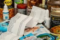 Patēriņa cenas martā Latvijā gada laikā pieaugušas par 0,3%