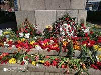 Liepājas pašvaldība nav saskaņojusi pieminekļa Liepājas aizstāvjiem Jaunajā ostmalā izgaismošanu 9.maijā