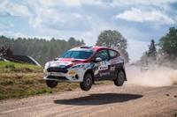 M.Sesks/R.Francis uzvar Latvijas rallija čempionāta pirmajā posmā 2WD klasē