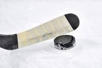 Juniori hokejā punktus nezaudē