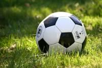Futbola zemākajās līgās viena uzvara un divi zaudējumi