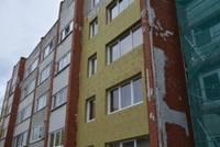 """Līgumi ar būvnieku """"Ekovalis Latvija"""" lauzti, mājas paliek pusratā"""