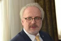 Levits aicina sabiedrību mobilizēties, lai Latvija spētu apturēt Covid-19 izplatību