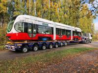 Zagrebas ielās testē jauno Liepājas tramvaju