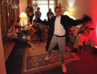 """Ralfs Eilands un """"Liepaja Music Orchestra"""" laiž klajā jaunu singlu un videoklipu"""