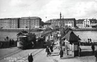 19.gs. beigās, ierīkojot tramvaju, galvassāpes sagādāja tilta un elektrostacijas trūkums