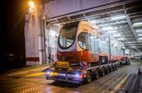 Jaunais tramvajs ar prāmi ieradies Liepājā