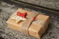 Brīnumsvecītes līdz adresātam nenonāks. Kas jāņem vērā, lai dāvana droši nonāktu galamērķī?