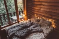 Ir laiks savas mājas atjaunošanai: sāc ar guļamistabu
