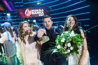 """""""Muzikālās bankas"""" 2020.gada vērtīgākās dziesmas titulu iegūst Intara Busuļa """"Dejo vientulību""""; balvas arī mūsējiem"""