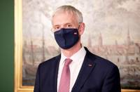 """Premjers bažīgs par Saeimas izvēlēto """"individuālo ceļu"""" Covid-19 epidemioloģiskās situācijas risināšanā"""