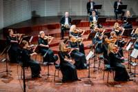 """Foto: Liepājas Simfoniskais orķestris aizsāk jaunu koncertciklu """"Simfonija tuvāk"""""""