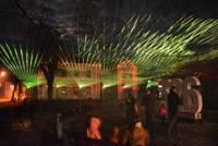 Grobiņa pilsētas dzimšanas dienu svin ar lāzeru gaismas performanci