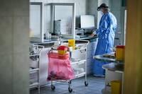 Atklājot 108 jaunus Covid-19 gadījumus, saslimstības kumulatīvais rādītājs sarucis līdz 117,8