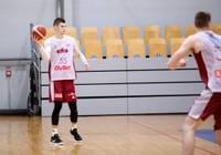 """Četri lauvas pret poļu paniem. Latvijas izlasē ar trim vīriem pārstāvēts basketbola klubs """"Liepāja"""""""