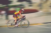 Liepājniekiem godalgas Latvijas čempionātā šosejas riteņbraukšanā