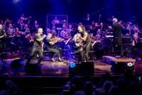 Liepājas koncertzāli pieskandinās populāras roka balādes – nemirstīgi hiti simfoniskā pilnskanībā