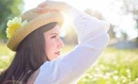 Sejas ādas kopšanas ābece vasarai. Kas jāņem vērā, rūpējoties par sejas, kakla un dekoltē zonu siltajā laikā?