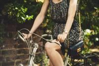 Brīvības un Dzelzceļnieku ielas krustojumā notriec velosipēdisti