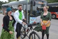 Dakteris klauns Jaukulis uzsāk labdarības velomaratonu un piestāj Liepājā