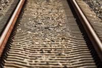 Remontdarbu dēļ ierobežo kustību pa dzelzceļa pārbrauktuvi Kalvenes pagastā uz Liepājas šosejas