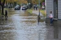 Stiprs lietus pārbauda sistēmas