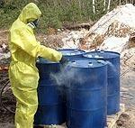 Перекачка найденных в Военном городке химикатов