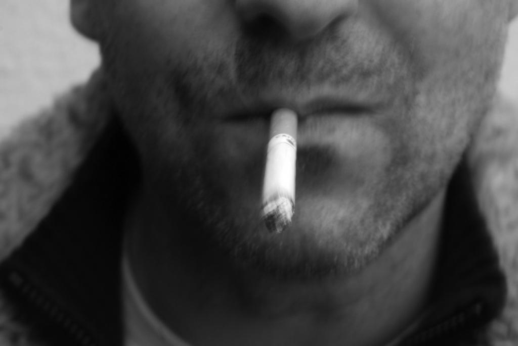 Планируется запретить продажу электронных сигарет