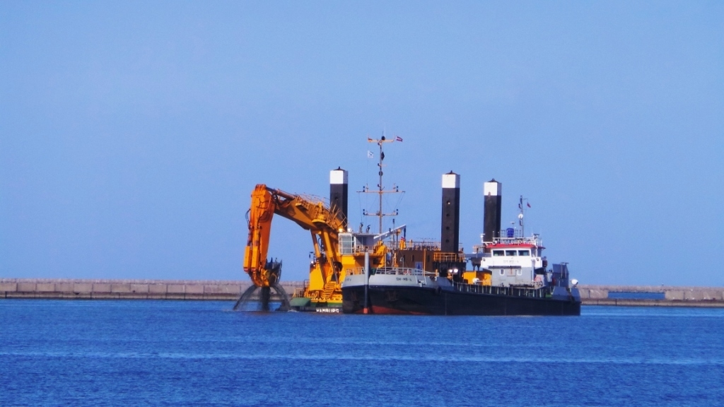 Вольная гавань углублена, работы будут продолжены